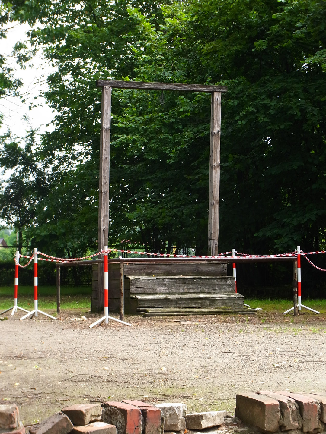 The gallows on which Rudolf Hös (Rudolf Hoess - commandant of the camp for 3.5 years) was hung from, built especially, next to the gas chamber, and within view of the house he lived in so long, he