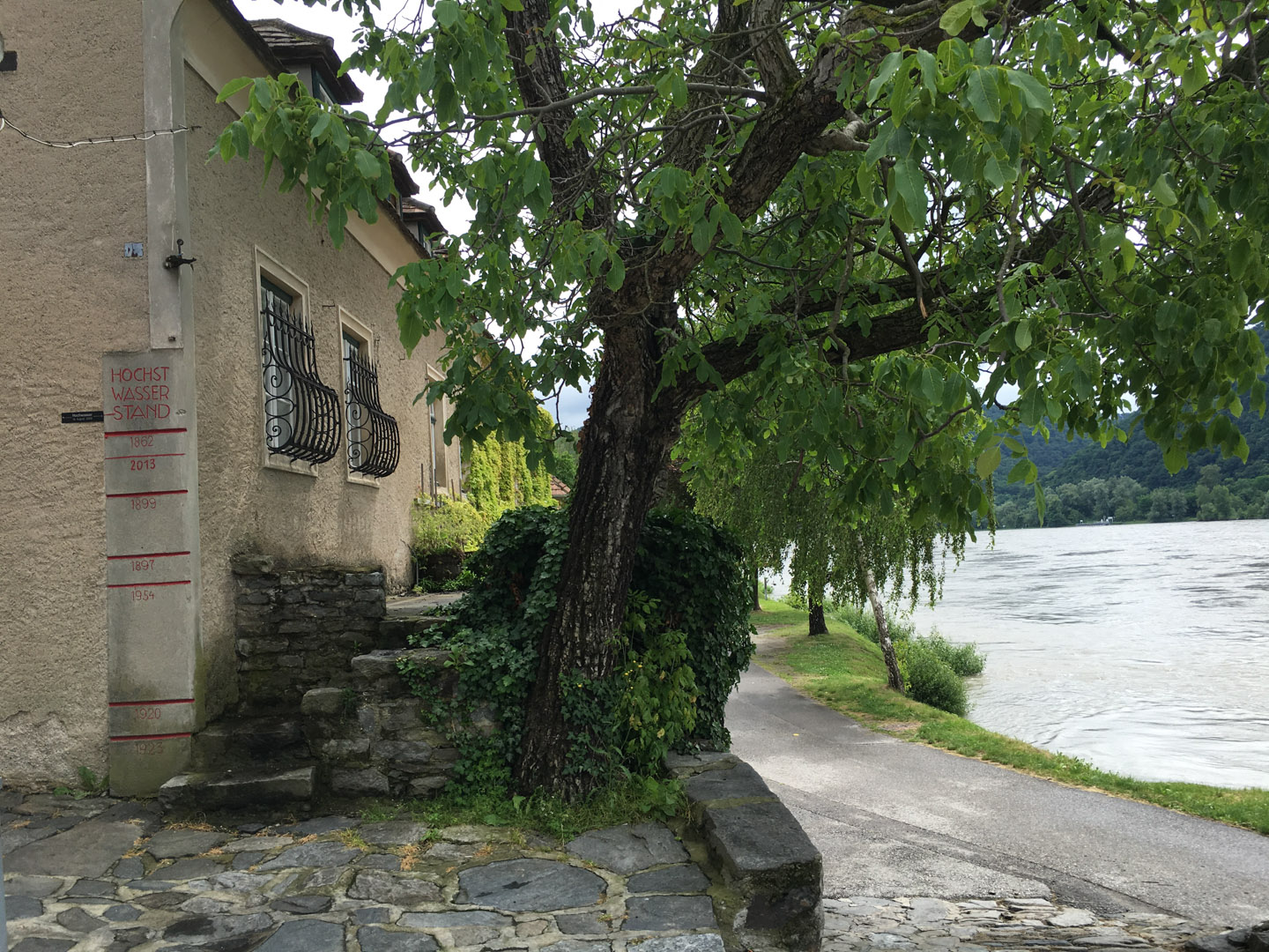Durnstein on the banks of the Rhine