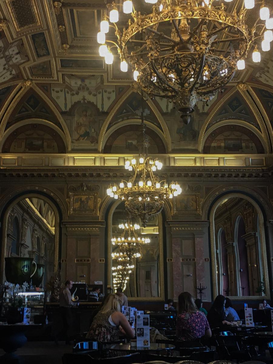 Alexandra Book Cafe, Budapest